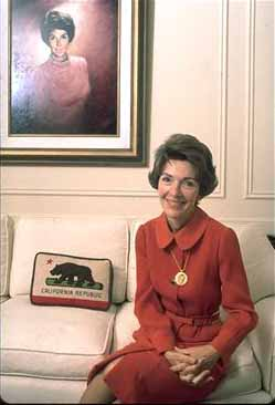 Nancy_Reagan_as_First_Lady_of_California