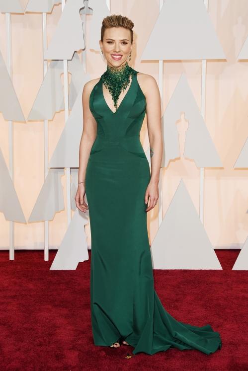Scarlett Johansson, in Atelier Versace